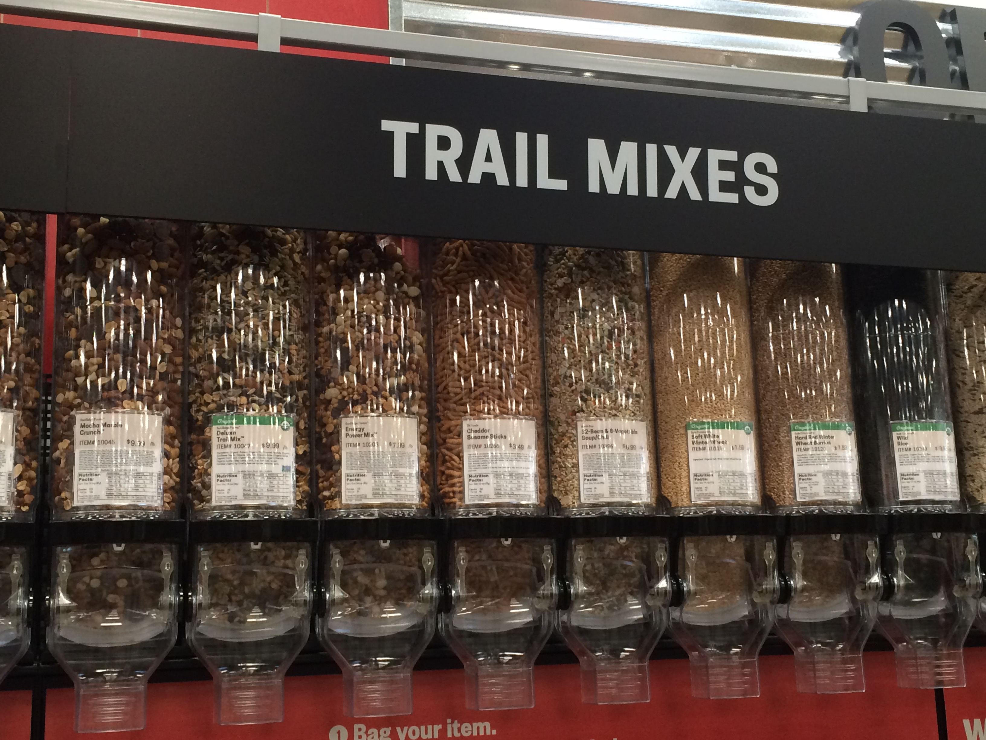 trail mix at earth fare